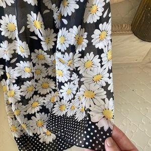 Vintage italian black daisy scarf